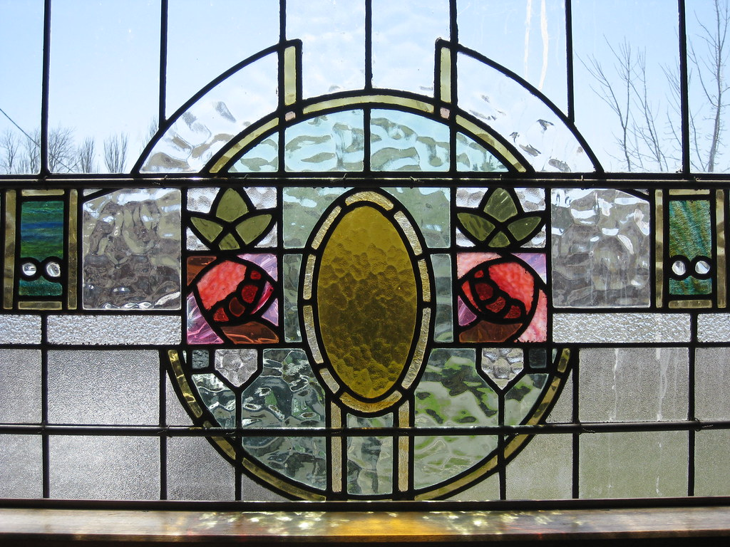 Art nouveau stained glass window of roses woodend a for Art glass windows