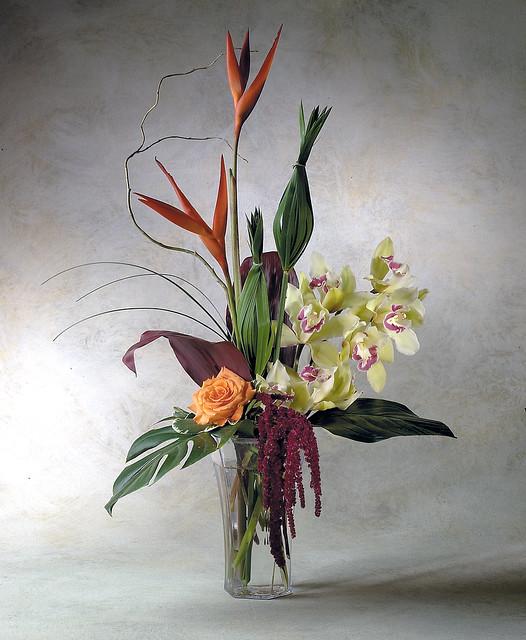 Design Floral Arrangements Online