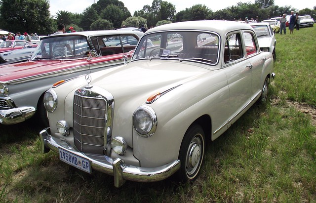 Photo for 1950s mercedes benz