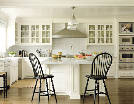 Gorgeous white kitchen benjamin moore 39white dove for Kitchen colors with white cabinets with film reel wall art