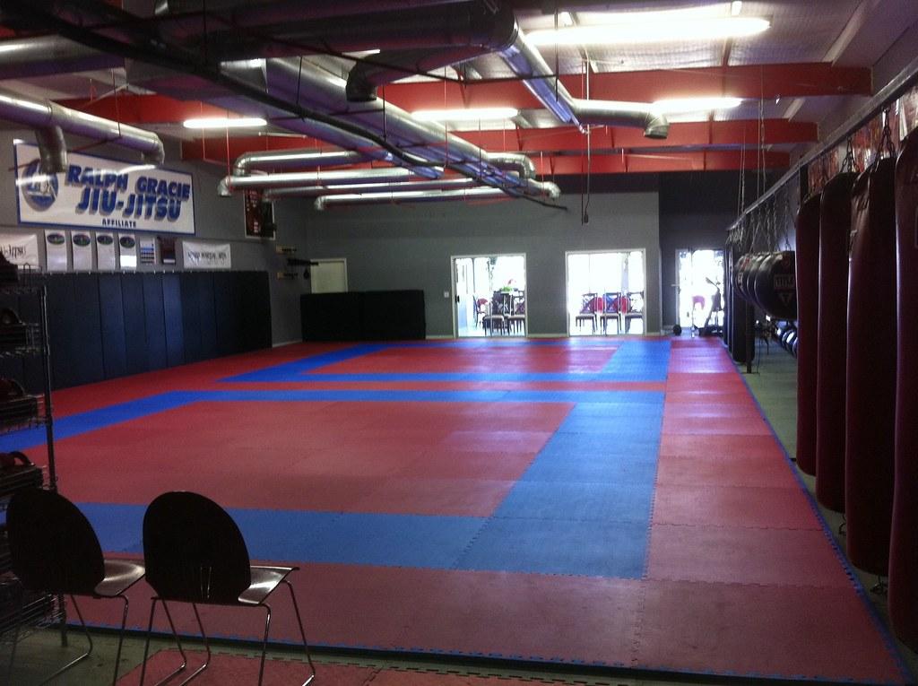 Blackbelt Universe   MMA   Muay Thai   Ralph Gracie Brazilian Jiu Jitsu    3007