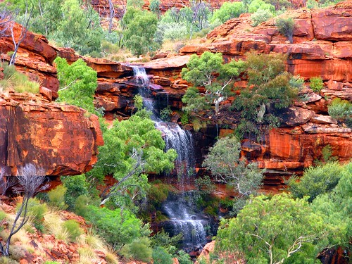 Cascada en el Kings Canyon