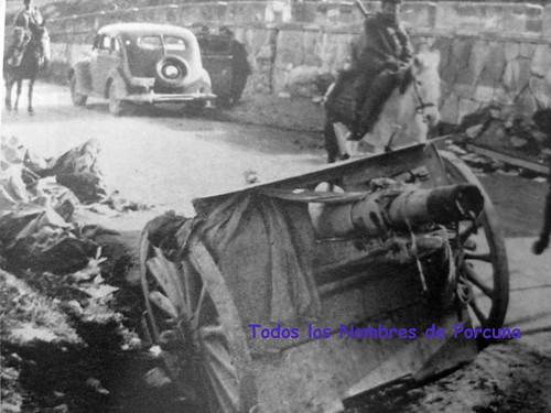 """Entrada de las tropas marroquíes por el """"muro"""" (Porcuna) el 1 de enero de 1937."""