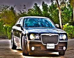 bentley arnage(0.0), bentley(0.0), automobile(1.0), automotive exterior(1.0), vehicle(1.0), automotive design(1.0), chrysler 300(1.0), sedan(1.0), land vehicle(1.0), luxury vehicle(1.0),
