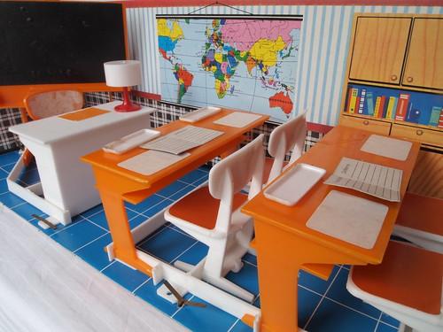 1972 Modella orange Schule 2