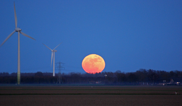 Supermoon Supermaan volle maan 19 maart 2011