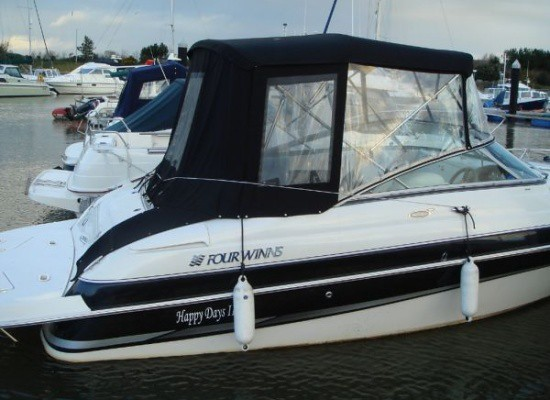 Yacht Images: FOUR WINNS 205 Sundowner 2004. Poole, United Kingdom