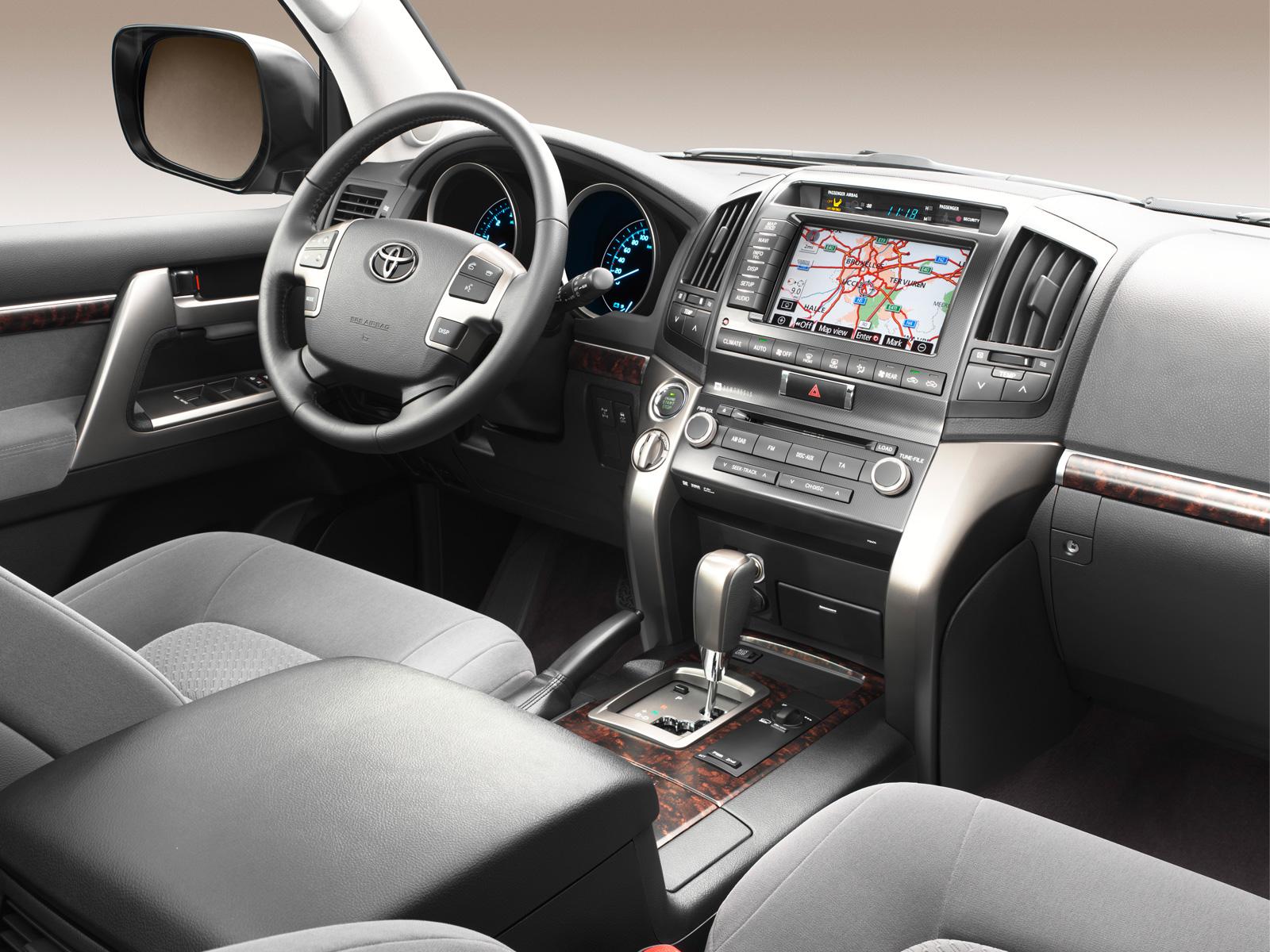Toyota Land Cruiser V8 2011 Interior Flickr Photo Sharing