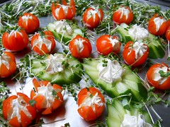 hors d'oeuvre, potato and tomato genus, salad, vegetable, tomato, caprese salad, mozzarella, fruit, food, dish,