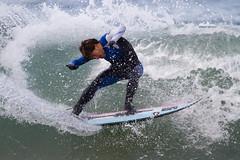 wakesurfing(0.0), sailing(0.0), waterskiing(0.0), wakeboarding(0.0), windsurfing(0.0), paddle(0.0), surface water sports(1.0), boardsport(1.0), sports(1.0), surfing(1.0), wind wave(1.0), extreme sport(1.0), wave(1.0), water sport(1.0), skimboarding(1.0), surfboard(1.0),