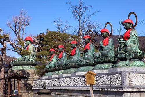 blue sky japan bodhisattva nagano zenkoji ef2470mmf28lusm staute rokujizo