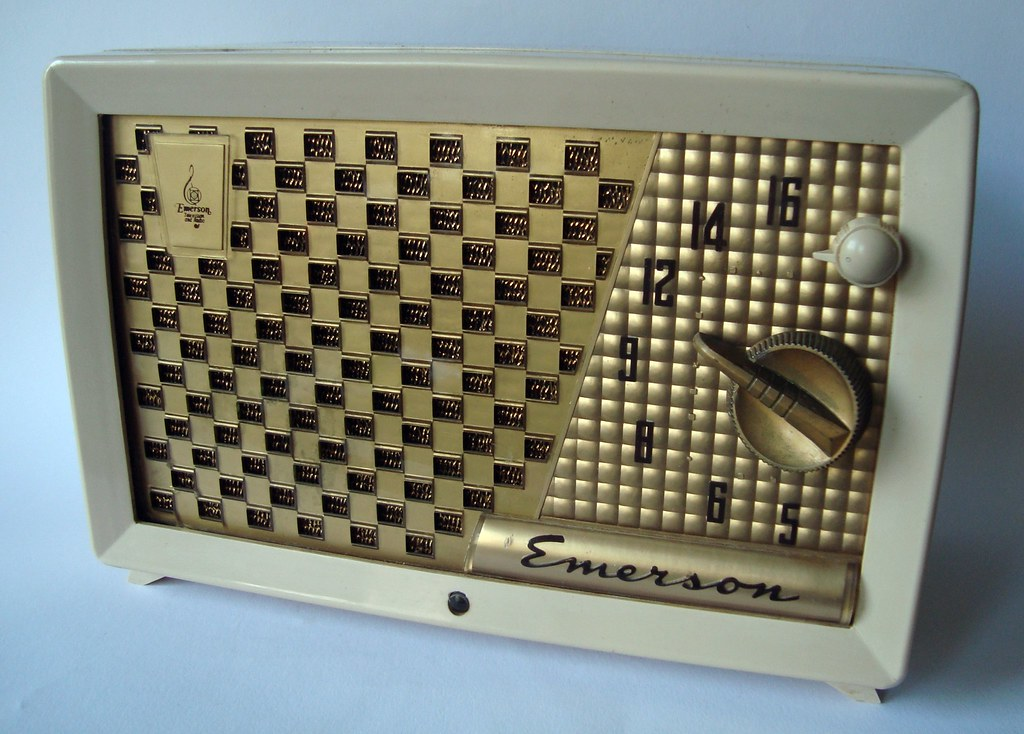 Emerson vintage radio for the
