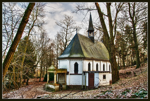 The little forest chapel