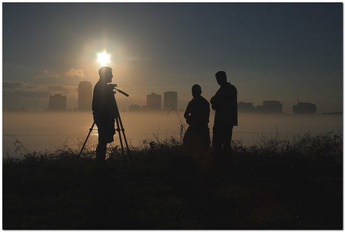 silhouette fog skyline sunrise river louisiana meetup 28mm batonrouge mississippiriver flickrfriends flickrites mrgreenjeans gaylon canonef28135mmf3556isusm portallen gaylonkeeling