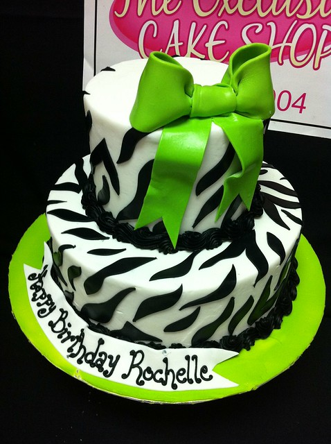 Green Zebra Cake http://www.flickr.com/photos/exclusivecakeshop/5566254953/