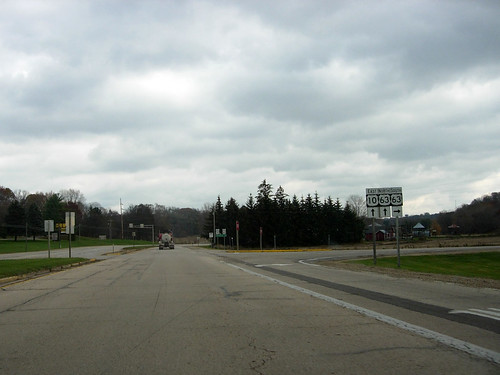 Signage on U.S. 10 EB at the west jct with U.S. 63 near Ellsworth, WI