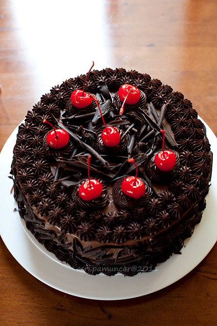 Happy Birthday Mira Cake