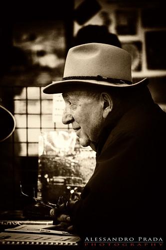 Paris Retromobile 2011 - Old man...