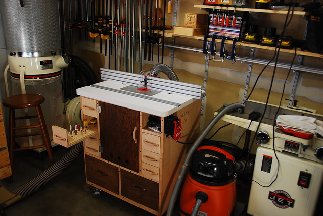 Dick's Router Table -- Shop Furniture | I built this ...