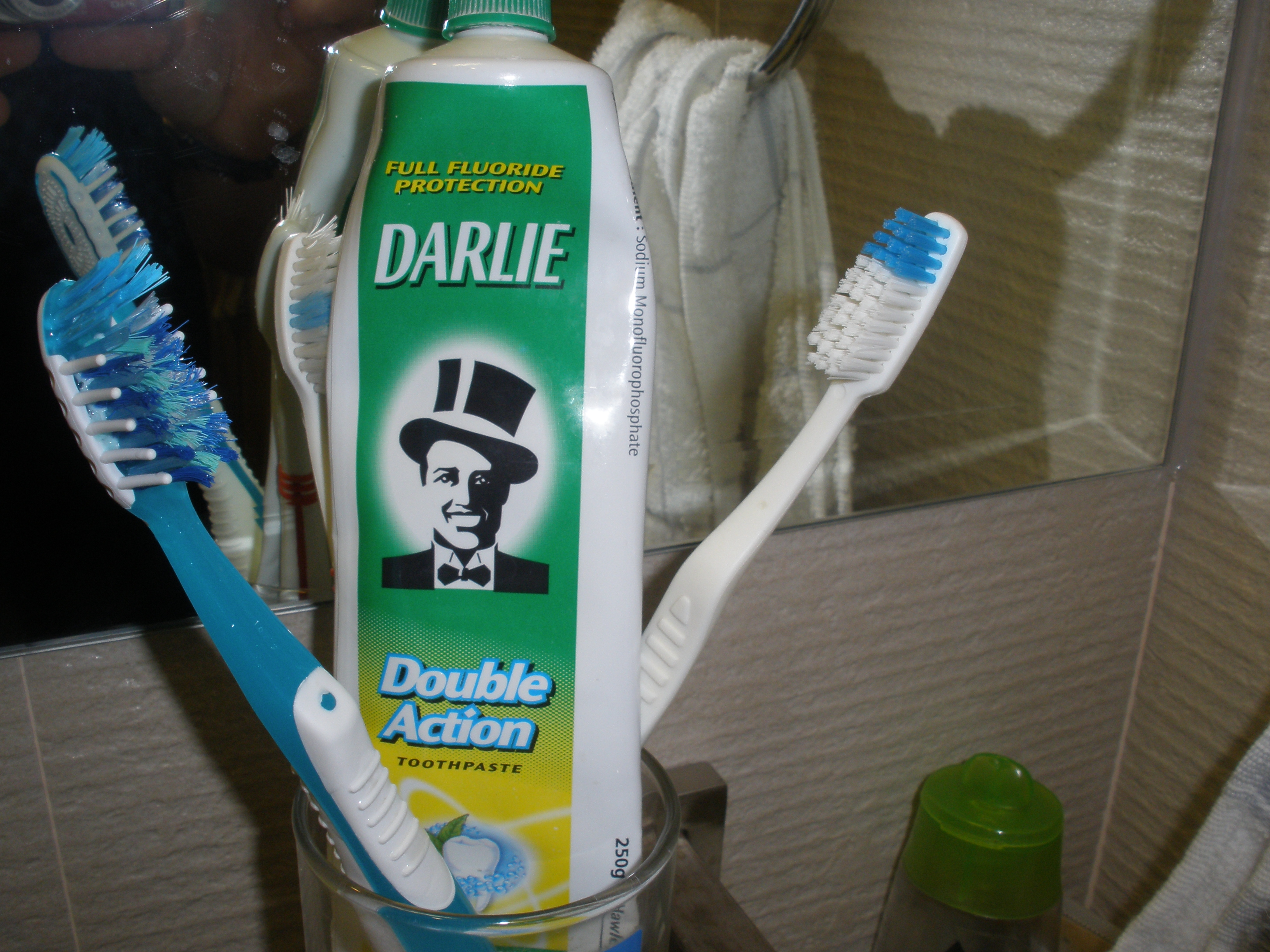 segmentation for toothpaste darlie Nuttapong petchsangrojn  siam regal (darlie toothpaste)  by segmentation and control all visual to be in line with brand guideline.