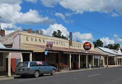 Evans Hotel, Bealiba