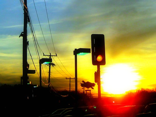 light sunset lines yellow trafficlight powerlines va dcist fairfax fairfaxcircle flipmode79