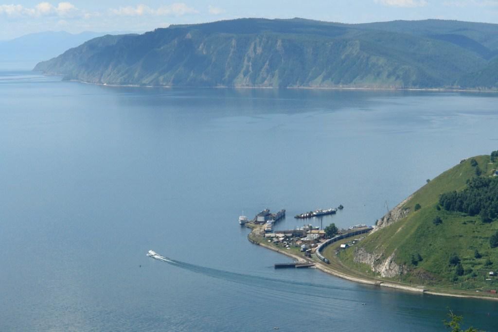 Visa de la salida del Rio Angará en el Lago Baikal lago baikal - 5537668751 ce66605b48 o - Lago Baikal de Siberia, Rusia