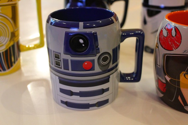 exclusive star wars products unveiled for disney store