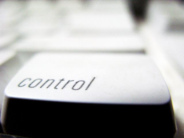 iPhoneのコントロールセンターとは?ロック 画面で出さない方法