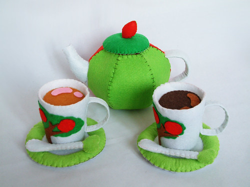 felt apple tea  set