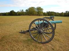 DSCN1727 131 Cannons, Sign Matthews Hill