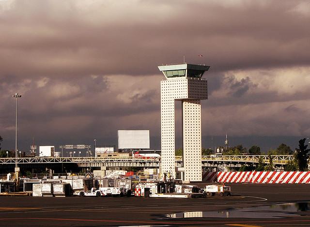 Cd m xico aeropuerto internacional benito ju rez for Puerta 6 aeropuerto ciudad mexico