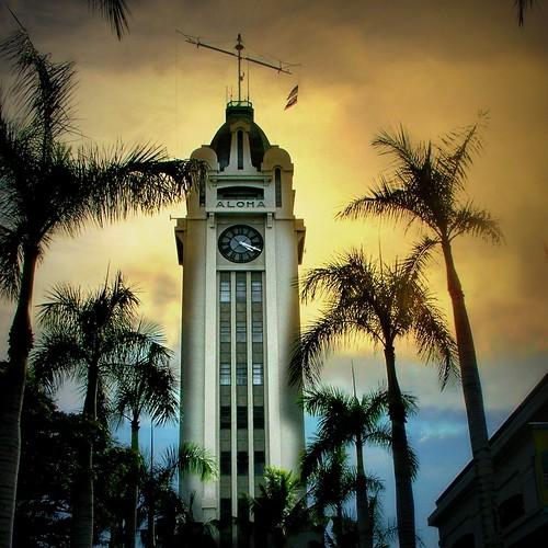 travel clock sunrise boats hawaii photo landmark palmtrees photograph hss alohatower honoluluharbor