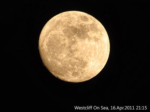 moon_16Apr2010_1