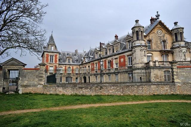 Ch teau du prieur conflans sainte honorine yvelines for Chateau yveline