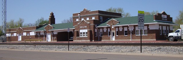 Old Santa Fe Railroad Depot Abilene Kansas Flickr