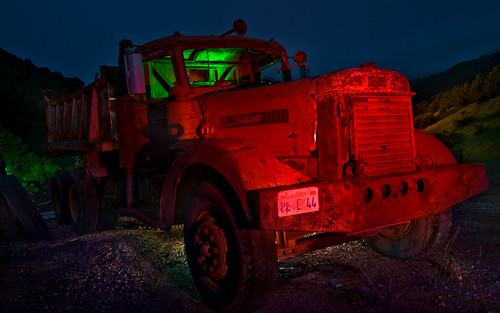 california desktop light red wallpaper green night truck painting photography nikon long exposure tokina 1224mm peterbilt d90 nilescanyon mattgranz
