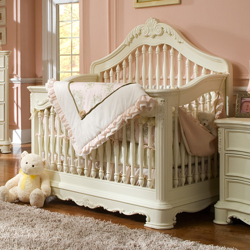 Baby furniture is our specialty and we are committed to providing the best online shopping experience along with incredible value. You will find everything for your nursery including the best cribs available for babies, nursery sets, dressers, changers, crib bedding, hutches, armoires, glider chairs, nursery decor, and even kids' toys.