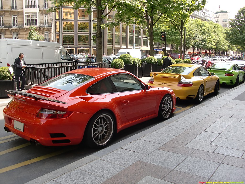 398a231a74 ... RUF RT12S (x2) and Porsche GT2
