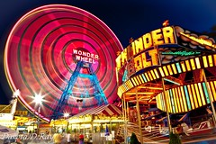 festival(0.0), outdoor recreation(0.0), carousel(0.0), park(0.0), recreation(1.0), fair(1.0), night(1.0), amusement ride(1.0), ferris wheel(1.0), amusement park(1.0),