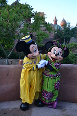 Meeting African Mickey and Minnie at Disney's Dine Under the African Stars