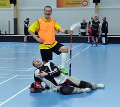 roller hockey(0.0), roller in-line hockey(0.0), indoor field hockey(0.0), sports(1.0), team sport(1.0), hockey(1.0), player(1.0), floorball(1.0), ball game(1.0), athlete(1.0),