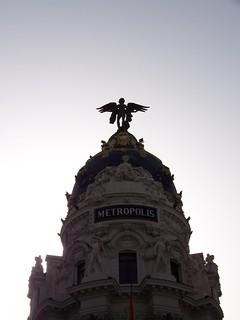 Εικόνα από Edificio Metrópolis κοντά σε City Center. madrid backlight spain edificiometrópolis