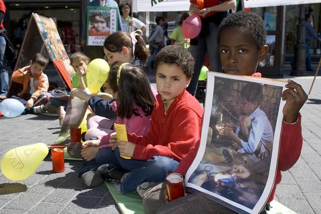 D a internacional contra la esclavitud infantil 17 vallado - Tapiceros valladolid ...