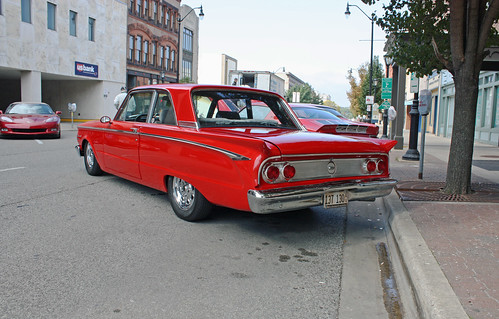 1962 Mercury Comet Custom 2-Door Sedan (7 of 9)