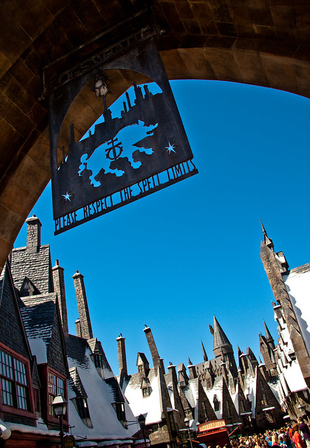 "Walking ""Around"" Hogsmeade"