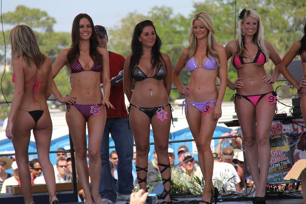 Hawaian tropic bikini contest