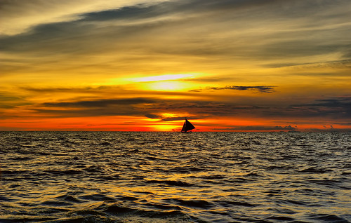 sunset nikon cloudy philippines sunsetglow boracay 晚霞 菲律宾 d700 长滩