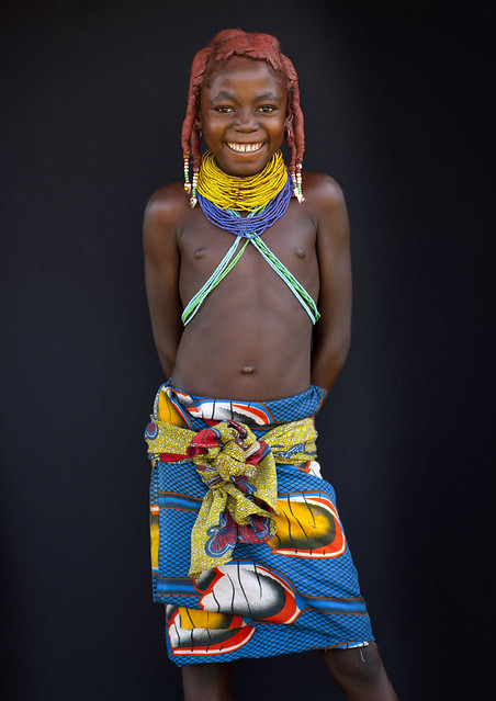 Little teen and tribu african - 2 6