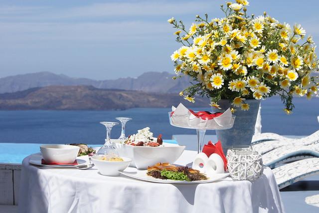 Greek Easter | Astarte Suites Hotel Santorini island